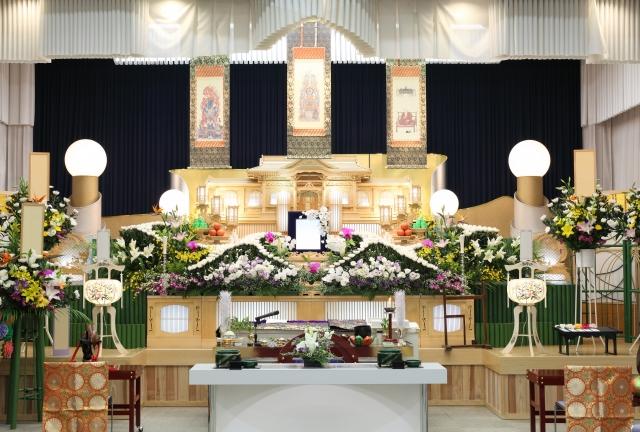 お葬式、祭壇